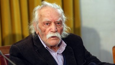 Photo of Έφυγε ο Μανώλης Γλέζος